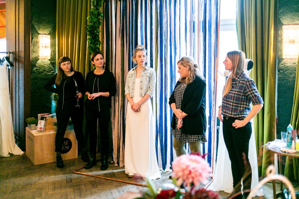 Hochzeitstrends 2017 auf der Love Circus Bash Berlin Brautkleid Trends 2017