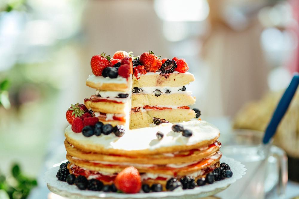 Unsere Naked Cake Hochzeitstorte Vor Dem Huhnerstall Wann Sollte