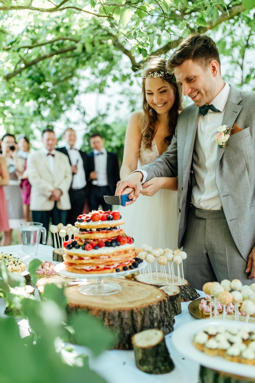Wann sollte man die Hochzeitstorte servieren?