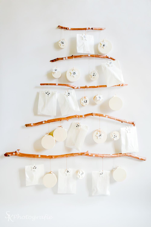 DIY Adventskalender zum Selbermachen Zweig Kupfer