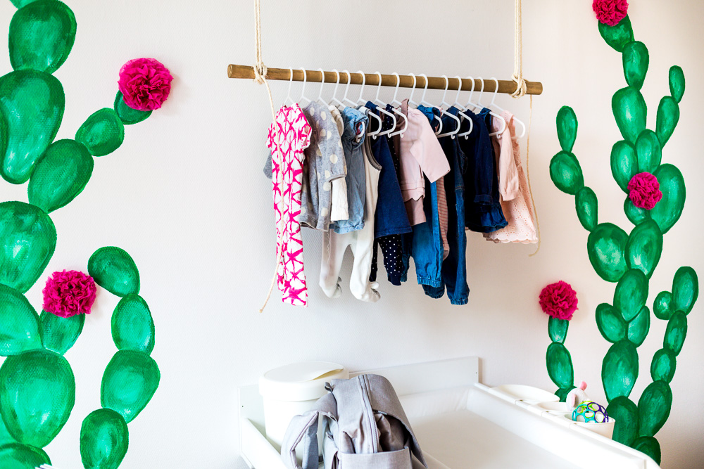 Kaktus Kinderzimmer Boho Ethno Kakteen DIY Kleiderstange Gold Holz aus Seil Kinderzimmer
