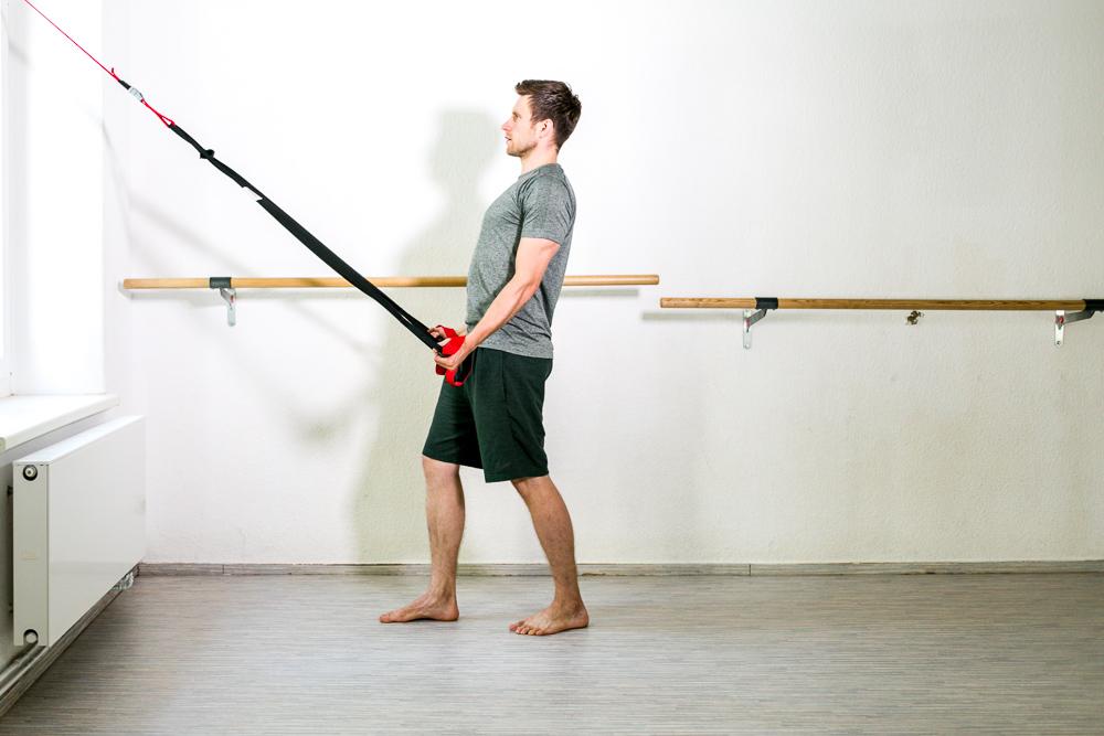 Schultertraining mit dem Schlingentrainer
