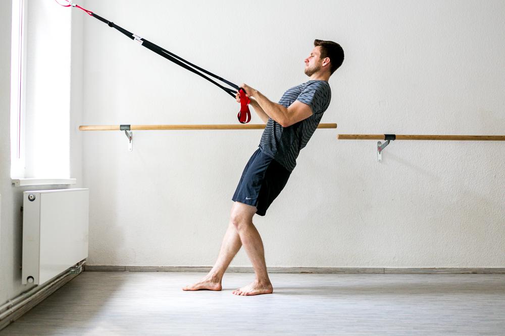 Armtraining mit dem Schlingentrainer