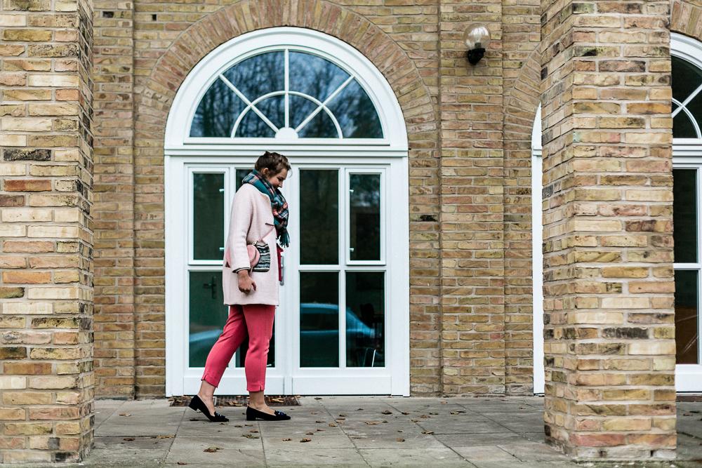 Hochzeitsgast Outfit auf einer Herbsthochzeit Schuhe Peter Kaiser Schuhe Lüke kalt