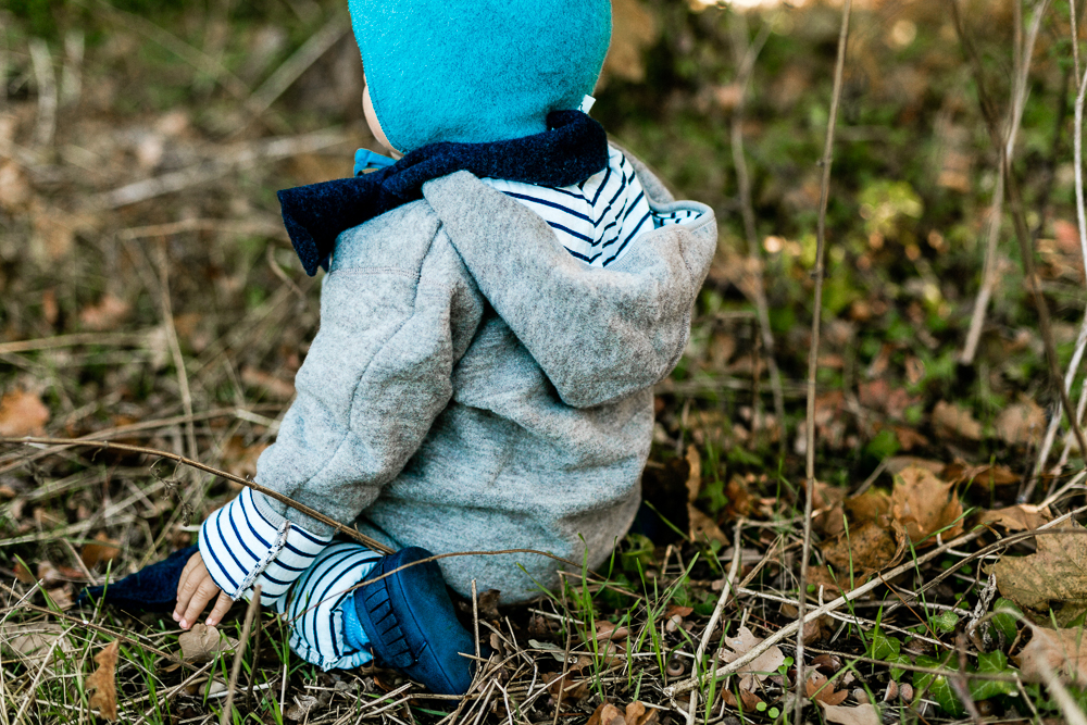 Wie ziehe ich Kleinkinder im Herbst und Winter richtig an?