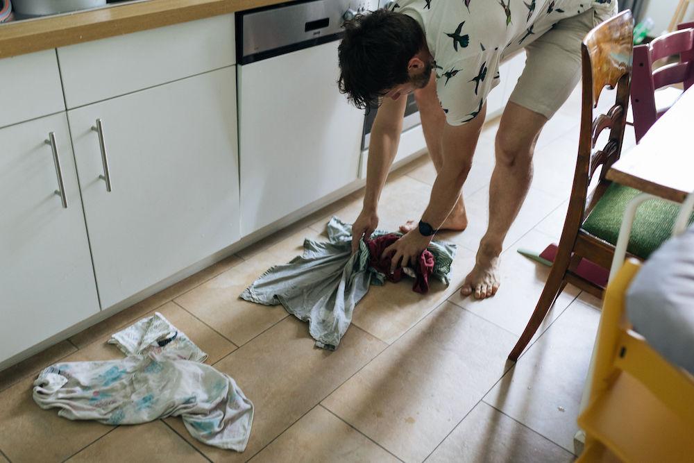 Hausgeburt Alleingeburt positiver Geburtsbericht friedliche Geburt Geburtspool